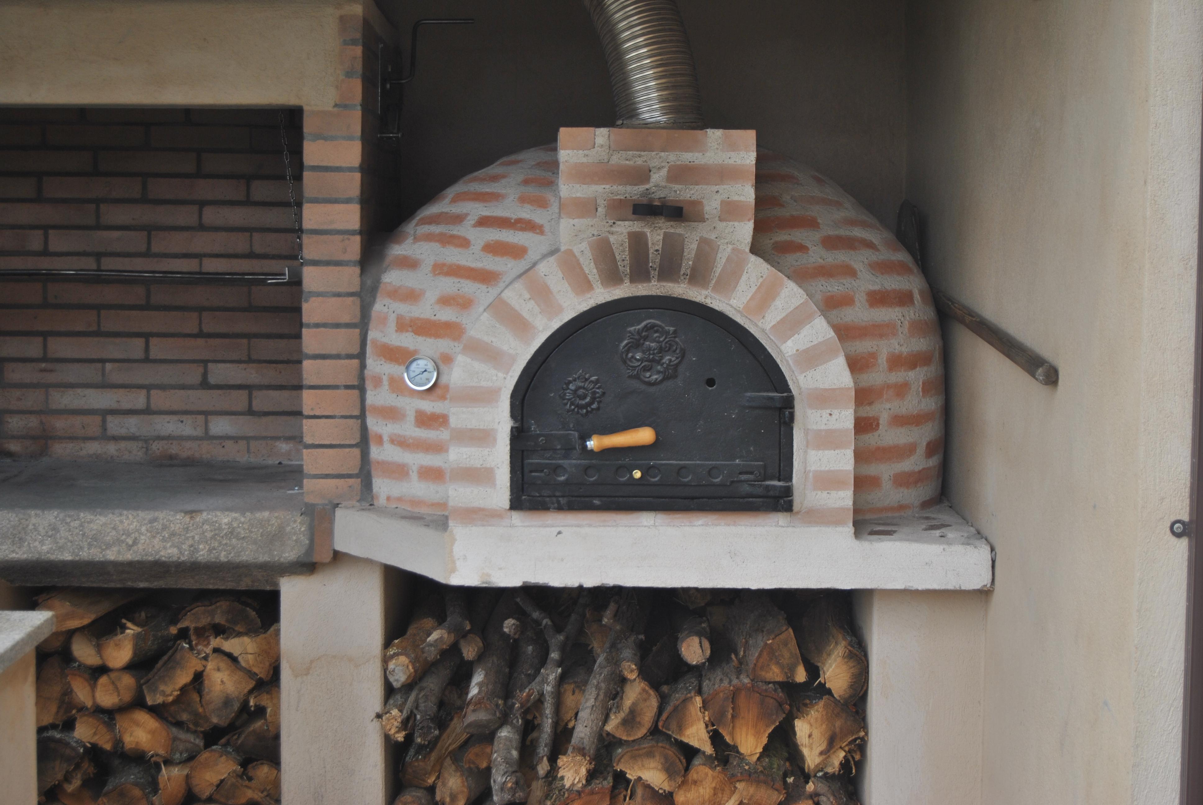 Horno de hector erezuma la coru a la fabrica de pereruela - Materiales para hacer un horno de lena ...